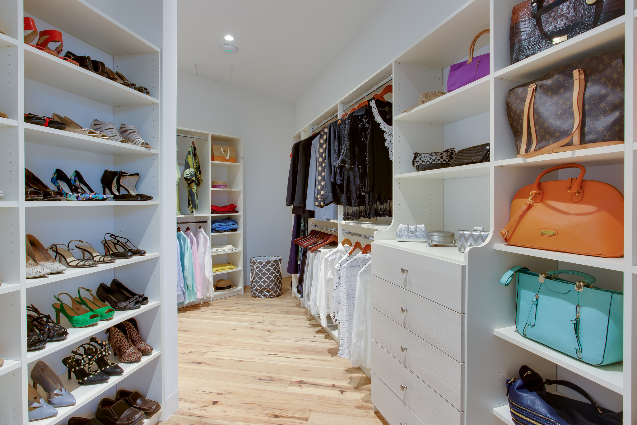 Genial Clever Custom Closet Ideas For Shoe Collections